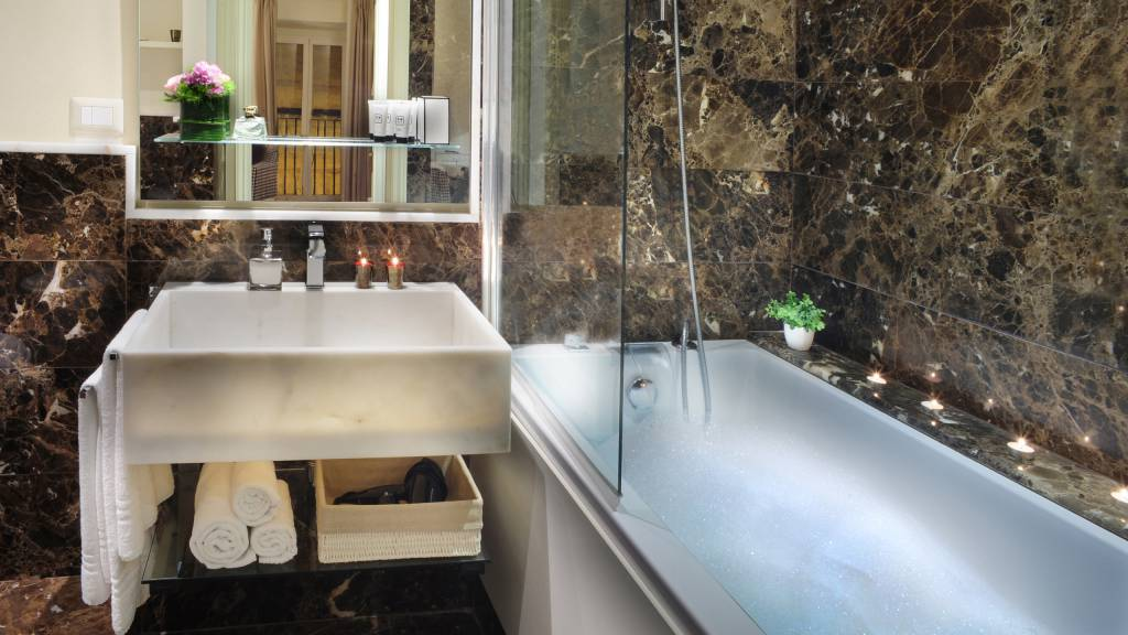 Nerva-Boutique-Hotel-bathroom-21