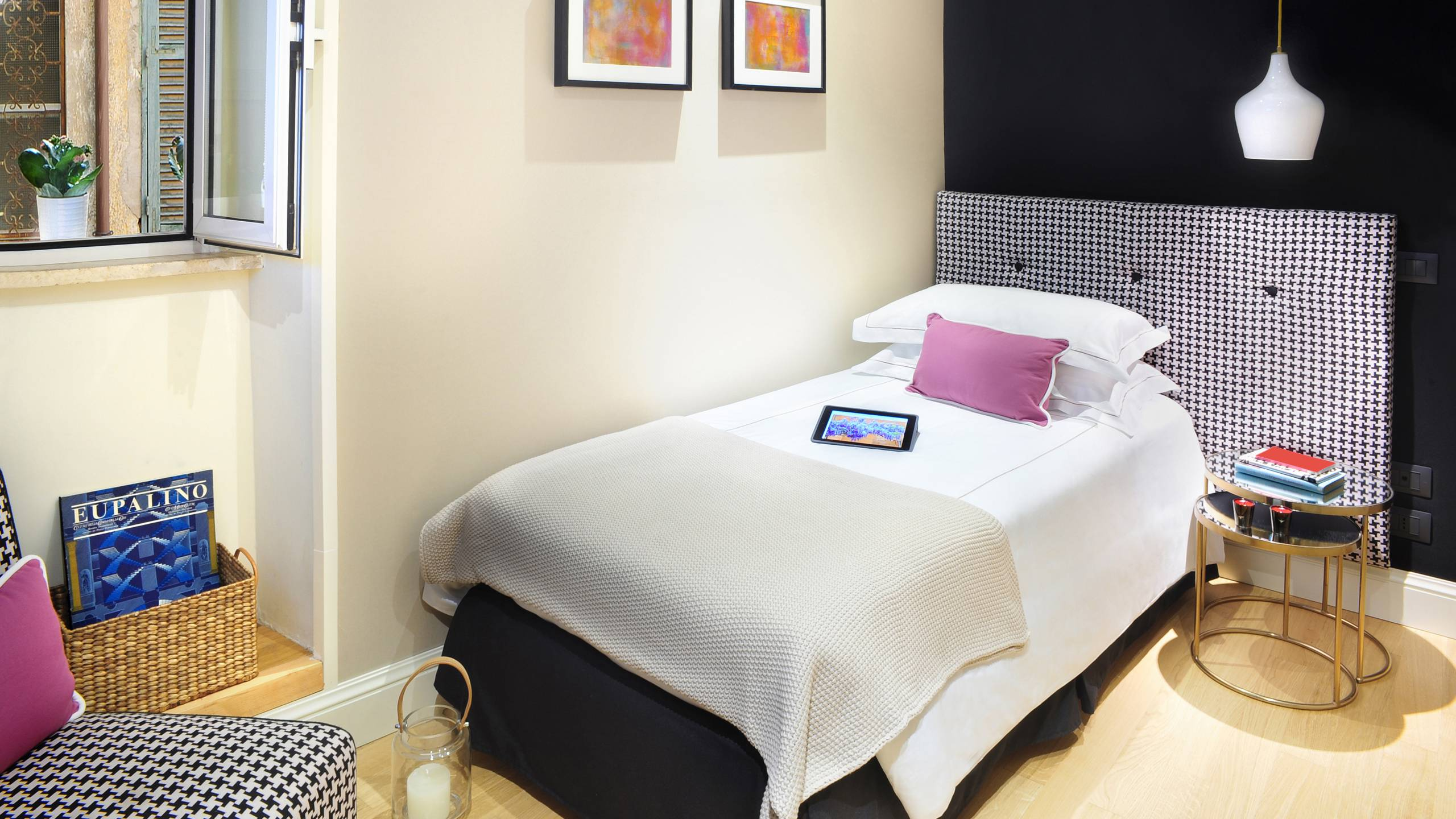 Nerva-Boutique-Hotel-bedroom-19